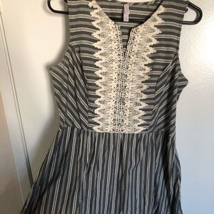 Xhilaration Blue/White Striped Embroidered Dress L